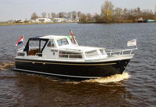 http://www.yachtcharterwetterwille.com/uploads/images/schepen-klein/melissa.jpg