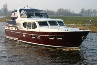 http://www.yachtcharterwetterwille.com/uploads/images/schepen-klein/mirthe_2015__1_.JPG